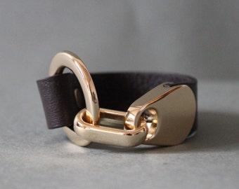 18k Plated Ring Closure Soft Shrunk Leather Bracelet(Dark Brown)