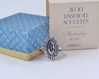 SALE 30 PERCENT Off Vintage 1977 Signed Avon Shadowplay Size SMALL 4 to 5 Silvertone Faux Hematite Gemstone Adjustable Ring Original Box Nib