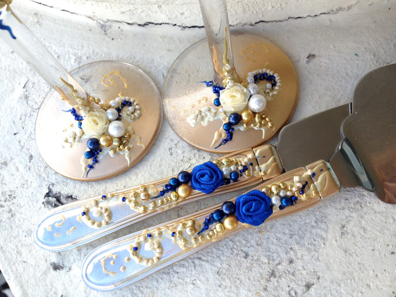 wedding cake server set hand decorated in royal by purebeautyart. Black Bedroom Furniture Sets. Home Design Ideas
