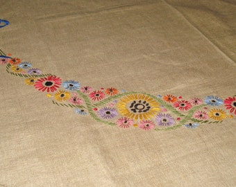 """Unfinished Embroidered Linen Tablecloth with Floral & Bow Motif 35"""" x 36"""""""