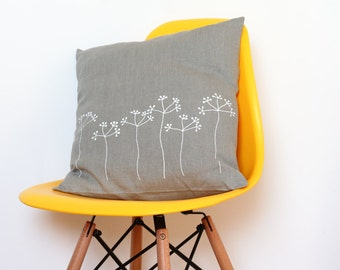 Cushion cover with Elderberry