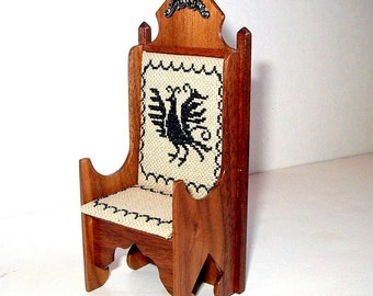 Medieval King Chair with Phoenix Cushion, Dollhouse Miniature 1/12 Scale, Hand Made