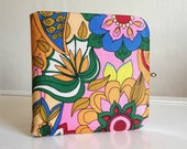 1960s Pucci-esque large compact