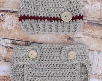 Crochet Boys Hat and Diaper Cover set Tan and Maroon with wooden button