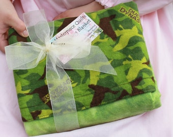 A Green Duck Dynasty Masterpiece Quilt Snuggling Blanket