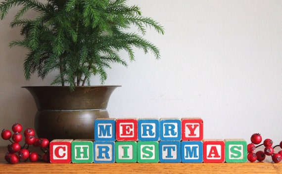 Retro MERRY CHRISTMAS Wooden Blocks Holiday Decor - Vintage Wooden Toy Blocks - Home Decor - Christmas Decor