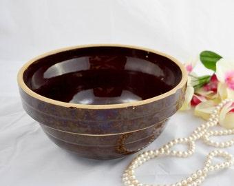 Vintage mixing bowl, crock bowl, USA 9in, brown