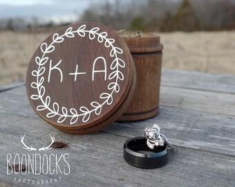 Rustic Wood Ring Box Rustic Wedding Ring Bearer Box Keepsake Ring Box Barn Wedding Laurel Wreath Ring Box #DownInTheBoondocks