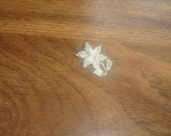 vintage pin brooch silvertone flower