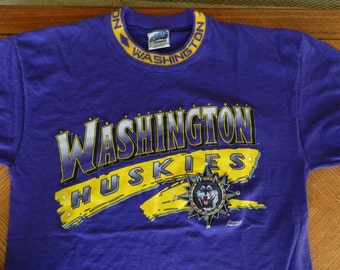 vintage Washington Huskies 1990s T Shirt Large Purple and Gold studded UW sports unique