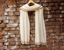 Wedding  shawl,Bridesmaids gifts, Pashmina shawl,maid of Honor gift , ivory bridal gift ,with handmade lace,
