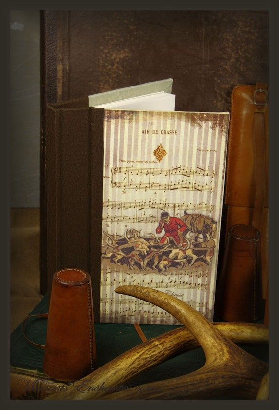 Hunting venery book very nice journal write in French  vintage pictures organize your