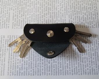 Leather key holder, Holds 1-6 regular keys, snap button