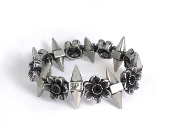 Spike Flower Stretch Bracelet