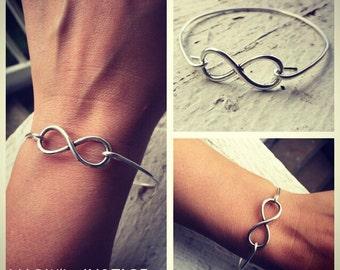 Infinity Love-Silver Infinity Bangle