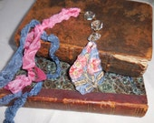Antique Crystal Beaded Facet Tassel Blue w/Pink Flowers and Gift Bag (#88)