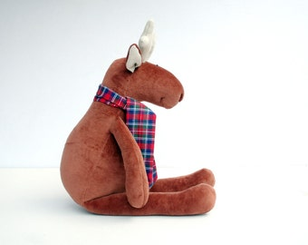Stuffed Plush Reindeer, Christmas Gift, Cuddly Animal for Kids, Soft Plush Deer, Brown Elk Toy