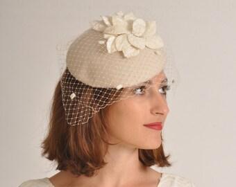 Winter white wedding hat, white wool cocktail hat, handmade baret for women by Rana Hats