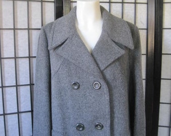 Vintage Coat Gray Wool Double Breasted Wide Collar 1960s Medium Large 40 Peacoat Style Belted Back XL Volup Big Gal