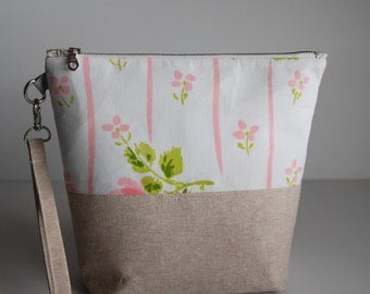Project Bag, Knitting Bag, Medium Size Vintage and Linen, Spring Inspired Bag with YKK Metal Zipper- THE LORETTA