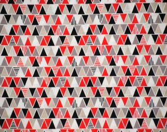 Sale! Triangles in Red by Cloud 9, Organic Cotton, 1 yard