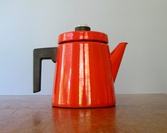 Mid Century Finel / Arabia Red Enamel Coffee Pot - Nurmesniemi