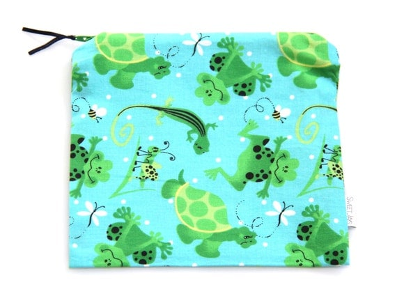 "7"" x 6.5"" Zipper Reusable Snack or Sandwich Baggie Lined with Nylon - Frogs & Turtles"