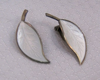 Norway David Anderson White Enameled Sterling Leaf Clip Earrings, Mid Century