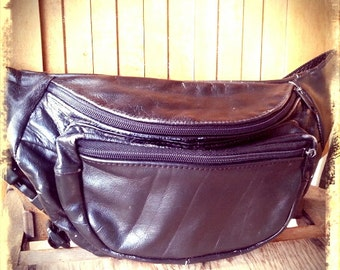 BELLY   ///    Leather Fanny Pack