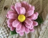 Pink Wool Felt Daisy Brooch