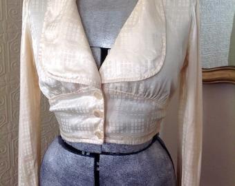 Gorgeous cream vintage blouse