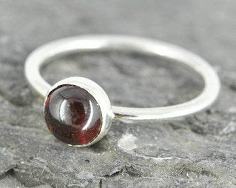 Garnet ring, 6mm, gemstone ring, stacking ring, january birthstone ring, personalized ring, bridesmaid ring, bridesmaid gift