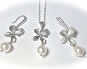 Bridal jewelry ~ Silver orchids  ~ Pearl necklace and earring set ~ Sterling silver ~ Brides jewelry set ~ Classic ~ Mother of the bride
