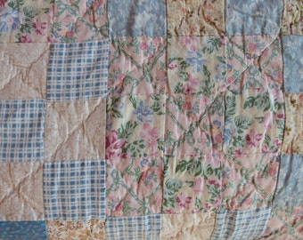 Vintage French patchwork quilt bedspread comforter Large quilted throw coverlet bed spread vintage bed linens French country cottage bedding