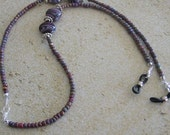 Purple Glass Bead Eyeglass Holder