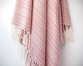 Anatolian Peshtemal Shawl / Turkish Towel in Pink / Bath Towel / Beach Towel / Peshtemal / Fouta / Shawl gift for her