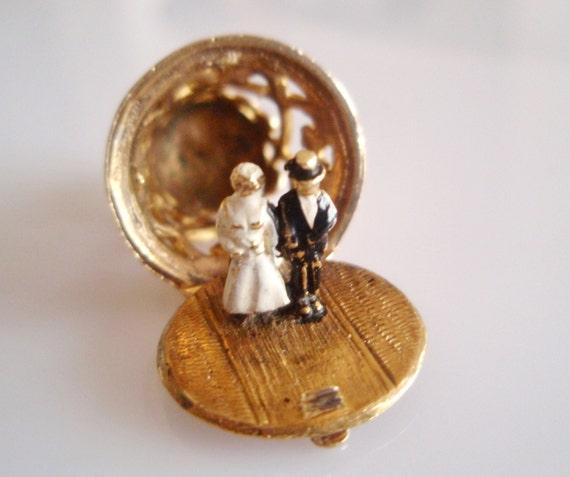 Gold Wedding Bells: 9ct Gold Wedding Bell & Enamel Bride And By TrueVintageCharms