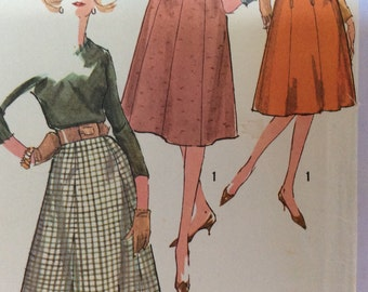 "Simplicity 3676 vintage womens skirt pattern, small waist 25"" 1960s flared skirts with waistband and zipper, 8 gored skirt"