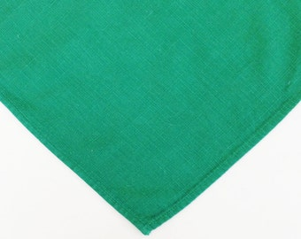 4 green cloth napkins, Christmas napkins to coordinate with holiday table linens