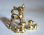 Vintage Christmas Gold Deer and her Fawns - Made of Hard Plastic and Metal Chain - Made in Hong Kong