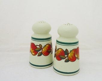 Vintage ESMA Salt and Pepper Shakers, West Germany Plastic Salt and Pepper Shakers, UK Seller