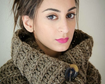 savvystuff chunky ribbed cowl in taupe - for him or her