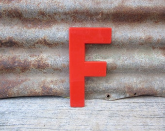 Vintage Letter Sign 8 Inch Letter F Sign Red Simple Font Plastic Letter Sign Display Marquee Alphabet vtg Letters Wall Art Pop Art Retro