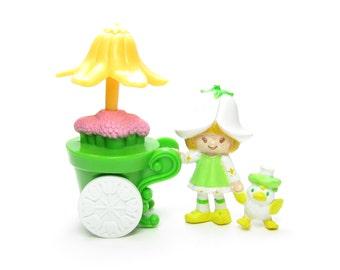 Mint Tulip with Flower Cart Vintage PVC Mini Figurine Strawberry Shortcake Deluxe Miniatures