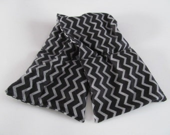 Black and Gray Chevron Neck Aromatherapy Hot/Cold Pack