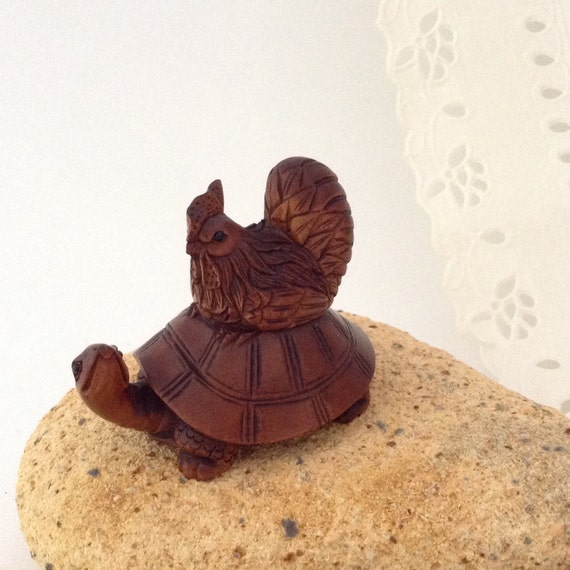Hand carved turtle hen boxwood jewelry by thewhatnaught