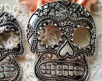51 x 40 mm Tibetan Silver Skeleton Charm / One-sided (s.ahg)
