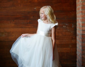 Flower Girl Dress first communion dress Flower girl dress UK in ivory or white capped sleeves and full tulle cotton skirt.