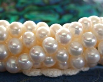 Fresh Water Pearls, White Fresh Water Pearls, Wedding Pearls, Potato Pearls, Heirloom White Fresh Water Pearls  FWP-061