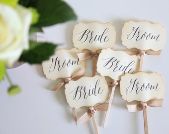 Bride and Groom Cupcake toppers / Wedding / Bride and Groom / Bridal Shower / Tag / Vintage / Shabby Chic Wedding / 12 pcs